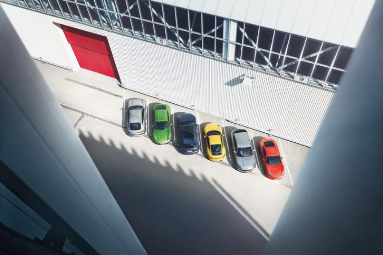 Webinar: Technische Daten und redaktionelle Inhalte automatisch in InDesign ausleiten? Für Porsche ein Leichtes.